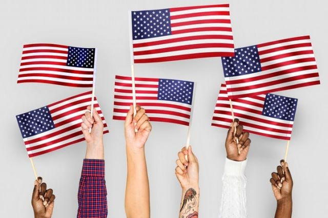 Americanflagspeople